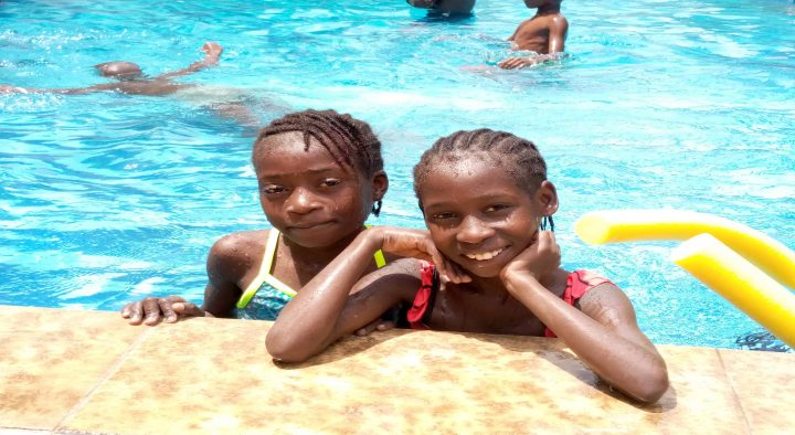 CLIMAX SWIMMERS OFFERS SCHOLARSHIP TO SIX PUPILS OF OAKBRIDGE FOUNDATION.